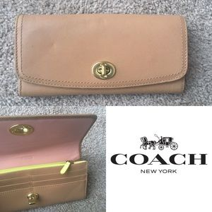 Coach Smooth Leather Turnlock Envelope Wallet